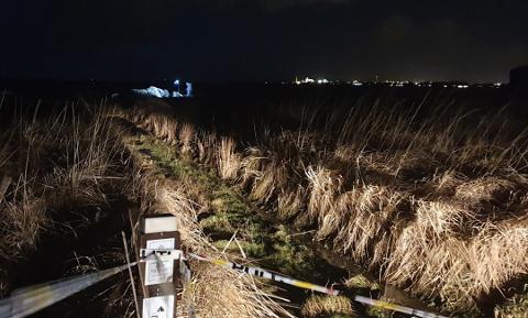 FUNNSTEDET: Her ble en mann i 40-årene funnet på Regestranden i Sola kommune. Samtidig har en bedrift på Jæren fått en savnetmelding på en av deres kollegaer.