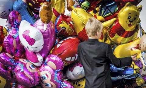 For få år siden: Alle skulle ha heliumballonger da de var på sitt mest populære. Arkivfoto: Alexander Svanberg