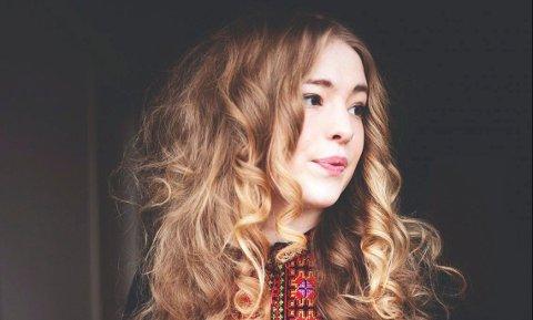 VOKALIST: Fieh begynte som Sofie Tollefsbøls «jenteromsprosjekt» for noen år tilbake. Nå kommer hun med fullt band.