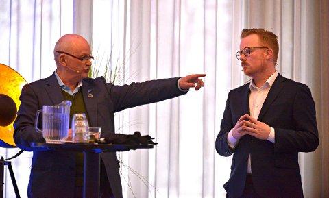 Fylkesordfører Roger Ryberg (Ap) ble spurt av Kongsberg-konferansens konferansier om det blir noe av det nye Viken.   FOTO: JAN STORFOSSEN