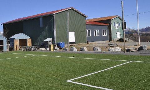 Enige: Gravdal UIL er enige med Lofoten MC om å kjøpe deler av klubbhuset rett ved stadion.Foto: Kai Nikolaisen