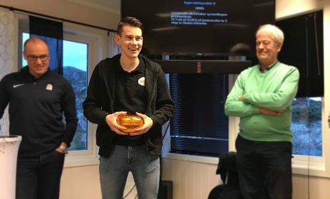 FOTBALL:Steinar Green Hansen fra Ballstad får reise på drømmetur til Manchester.
