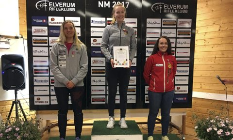 Toppen av pallen: Malin Westerheim skjøt solid og var uslåelig i dameklassen i NM. Begge foto: Privat