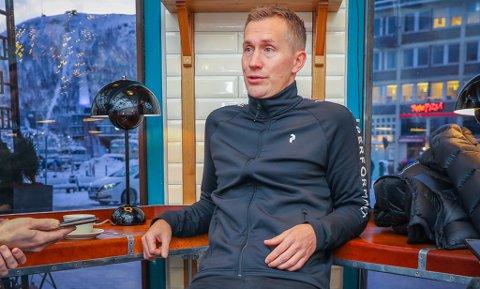 SIGNERTE: Morten Gamst Pedersen blir å finne i Alta-drakt også i 2021-sesongen.