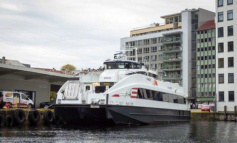 """TVIL OM FART: Kan MS """"Brage"""" klare ruteplanen til Troms fylkestrafikk? Nei, mener konkurrent Boreal."""