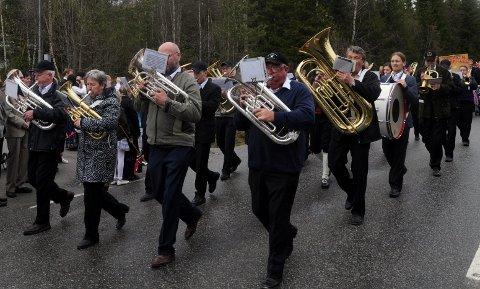 Et samlet foreningsliv på Trevatn, her ved Trevatn Musikkforening, protesterer mot planene for å etablere et tilbud for truende og/eller voldelige asylsøkere på Wolla.