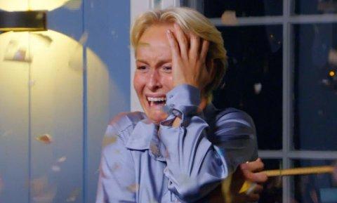 Konfetti og tårer i skjønn harmoni da Øyunn Widskjold Krogh (25) fra Ås skjønte at hun og kjæresten hadde vunnet Sommerhytta på TV2.