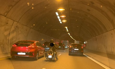 KØ: Bilstans førte til litt trøbbel i Nøstvettunnelen torsdag ettermiddag.