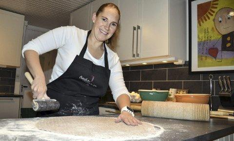 ET SPESIELT ÅR: 2016 ble ikke helt som Birgit Moberget forventet. I kjølvannet av Grundsetmart'n har hun tilbrakt svært mye tid på kjøkkenet hjemme i Hernes. Det har resultert i store mengder flatbrød og honningkaker.