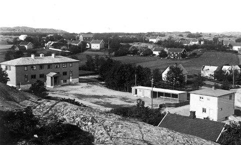 Postkort: Slik så det ut på Hvasser skole i 1938. Foto: A. Mathisen