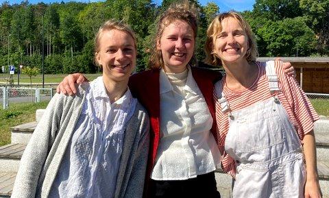 Mirjam Kammler, Lone og Moa Meinich kom på besøk i barnehagen.