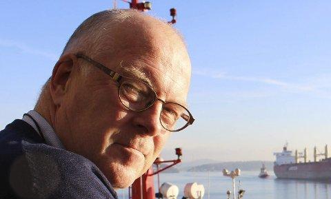 TRAFIKKØKNING: Havnedirektør Finn Flogstad i Grenland Havn håndterer øket skipstrafikk, noe som gjør at trafikkbelastningen på veinettet på nye E18 må tilpasses denne utviklingen, sier de i en uttalelse.