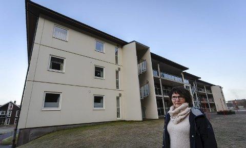Britt Sandvik er klar for en ny etappe i livet, hun byttet ut eneboligen med leilighet i Fageråsen. Foto: Øyvind Bratt