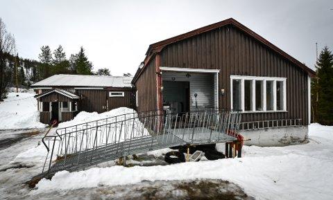 Deler av det som tidligere var Mofjellstua i Anleggshammeren er til salgs.