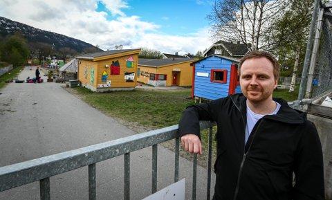 - Det er helt feil av Rana kommune å bidra til en lønnsspiral blant rådmenn, sier leder Mats Hansen i Rana Venstre. Han stemte mot å gjøre Pettersen  til lønnskonge i nord.