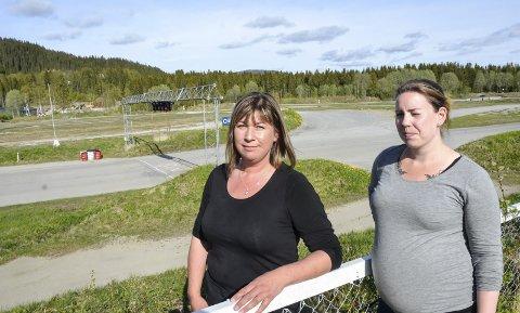 Tre damer har fått plass i det nye NMK Rana-styret. Og for første gang er det en kvinne som skal lede den lokale motorklubben - Marianne Asphaug (t.h). Martine Jacobsen (t.h.) er sekretær, mens Marita Helen Hanssen blir kasserer.