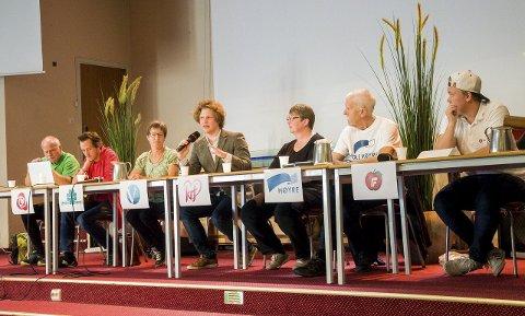 Dette panelet stilte til debatt på Tyrifjord videregående skole denne uken.