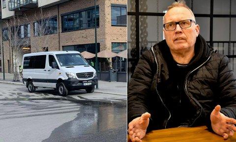 STOR BIL: – Vi trenger flere tilrettelagte parkeringsplasser, sier John Åge Corneliussen (52), som nok blir bøtelagt dersom han fortsetter å parkere her.