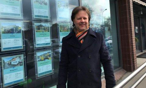 NY MULIGHET: –  Vi påtar oss en ikke ubetydelig risiko med «Garantert solgt»-konseptet, sier Aksel Holm, daglig leder i DNB Eiendom Sandefjord.