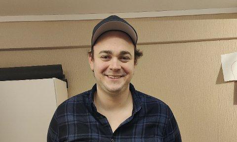 NYANSATT: Eirik André Bjørnstad fra Skien har fått jobb i sandefjordbedriften Emagine. Han startet på IT-utviklerutdanningen til GET-Academy for halvannet år siden. Et av målene deres er å koble gamere med bedrifter.