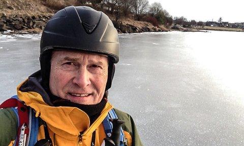 OPPTATT AV SIKKERHET: Egil Erstad ber folk tenke sikkerhet når de beveger seg ut på isen.