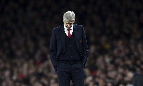 Arsene Wenger har trøbbel med skader før kampen mot Chelsea.