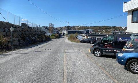 Kristiansunderen ga gass da politiet ville sjekke om han hadde førerkort, og ble etter en kilometerlang jakt funnet i en blindvei i Verkstedveien.
