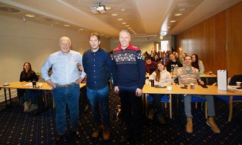 Høgskolelektor Svein Erik Nordhagen fra Handelshøyskolen Innlandet på Lillehammer, flankert av direktør Atle Hovi og PR-strateg Bjørn B Jacobsen.