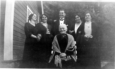 Asberg Hansen og barna hennes