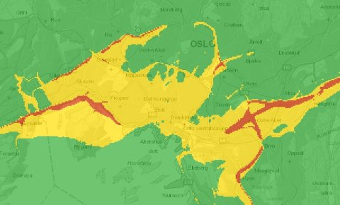 Kartet viser hvor luftkvaliteten vil være dårligst fredag i 18-tiden. Rødt indikerer høy luftforurensning, gul betyr moderat. Illustrasjon: Luftkvalitet i Norge