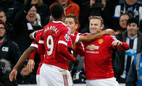 Wayne Rooney scoret to mot Newcastle, men måtte likevel dra fra St. James' Park med bare ett poeng.