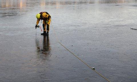 FOR SEINT NO: Isen på dei tre florøvatna er ikkje lenger trygg.