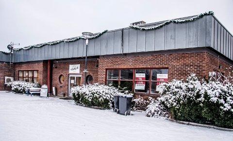 KOMMER TIL GRESSVIK: Pizzabakeren skal flytte inn i det gamle postkontoret på Gressvik. Den kommende bomringen er en av årsakene til at det satses på Gressvik torg.