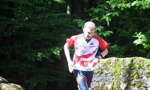 Gaute Hallan Steiwer på vei mot mål etter et solid kvalifiseringsløp i O-EM.