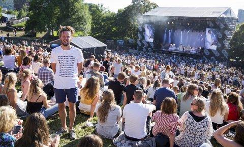 Norges mektigste: Tord Krogtoft er sjef for Øyafestivalen, og blir av mange kalt den mektigste i norsk musikkbransje. I år var det virka 74.000 innom festivalen og 96 band på scenen. – Jeg føler ikke at jeg har så stor makt. Men jeg forstår jo at det ligger litt i det. Dette er Norges største rockefestival, og det er den alle ser til, sier Krogtoft selv . Foto: Steffen Rikenberg, fotosjef Øya