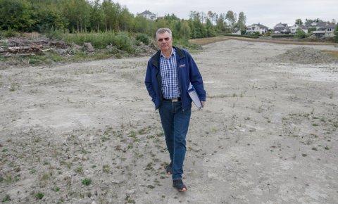 MYE PÅ VENT: Selv om samtlige tomter i Origo Næringspark er solgt, venter de fleste aktørene på at arbeidet med den nye jernbanen skal ferdigstilles. Da tror daglig leder i næringsparken Per Ole Aas-Haug at området kommer til å endre seg betraktelig.