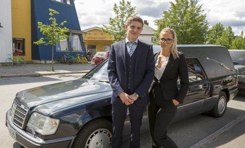 Nystartet: Bendic Gotteberg og Lise Magnussen har startet Gotteberg begravelsesbyrå AS i Eidskog. Bilder: Kjell R. Hermansen