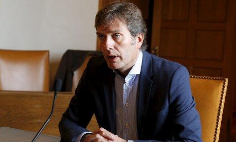INFORMERER: Kommunedirektør Ole Bernt Thorbjørnsen i Haugesund om smittesituasjonen.