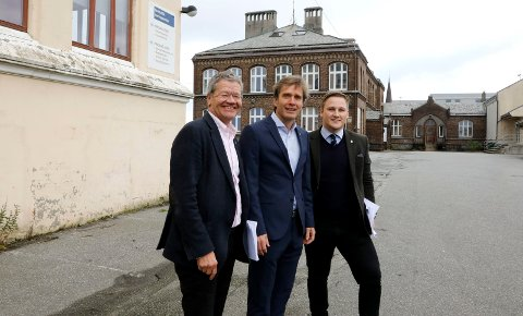 Mest sannsynlig blir enten Arne-Christian Mohn (t.v.)  eller Harald Larssen Lønning (t.h.) Haugesunds neste ordfører.  Kommunedirektør Ole Bernt Thorbjørnsen er ikke på valg.