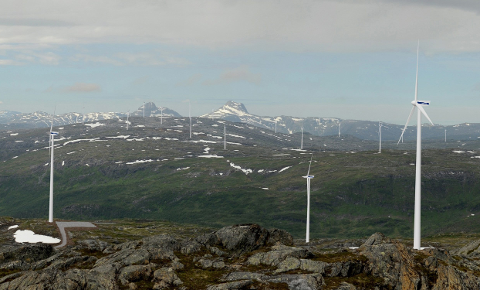 Kan bli: Slik ser en av skissene av vindkraftverket ut. Nå har flere aktører uttalt seg positivt og negativt mot vindmøllene.