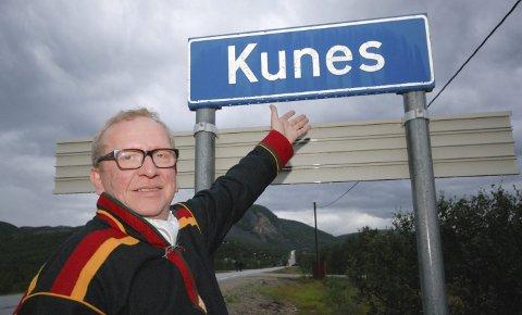 VELKOMMEN: Alf Edvard Masternes, lederen for Kunesdagan, dobler folketallet på Kunes bare med artistene som er booket til årets festival.