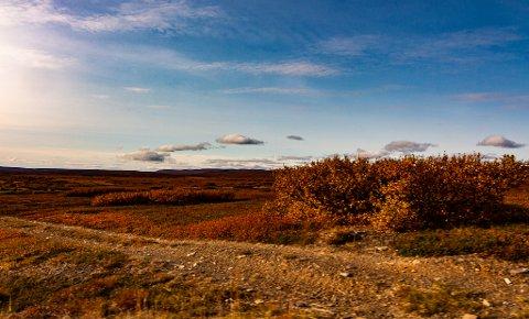 HØST: Det blir nydelig høstvær denne uka. Her illustrert fra Krampenes.