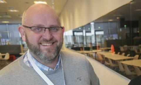 NY JOBB: Espen Hansen blir hos Hammerfest Næringsforening en stund til, men går over i ny stilling i september.