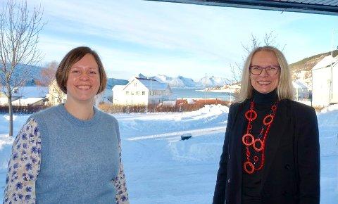 POSITIVT: Økonomissjef Hanne Romarheim og kommunedirektør Merete Hessen kan for sjuende år på rad presentere et positivt årsregnskap.