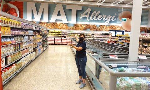 ENDELIG: Sandra har en helt spesiell grunn til å sette pris på karantenefri svenskehandel. Her er hun endelig tilbake i Charlottenberg. (Foto: Privat)