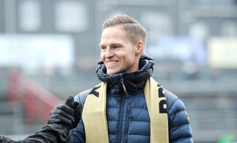 COMEBACK: Krister Wemberg fotografert under feiringen av Brynes opprykk i fjor høst. Nå skal han spille for Rosseland i 4. divisjon.