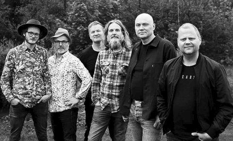 TIL HUSNES: Neste helg speler Stord-bandet Myhres PPT på Bar 5460. (Pressefoto).