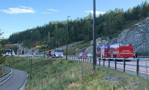 Ulykken har skjedd på E134 mellom Kongsbergtunnelen og Kongsberg bru.