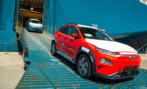 Hyundai Kona er en elbil mange norske kunder har lyst på. Her har det vært utfordringer med ladeluken på vinterstid.