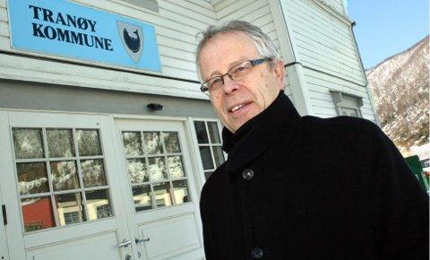 STRØK MED TUSJ: Ordfører Odd Arne Andreassen (Ap) arbeider for å rydde opp i partiets valglister før valget. Foto: Torgeir Bråthen